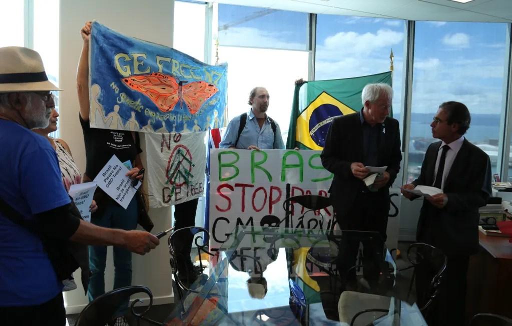NZ-protest-3-1024x652